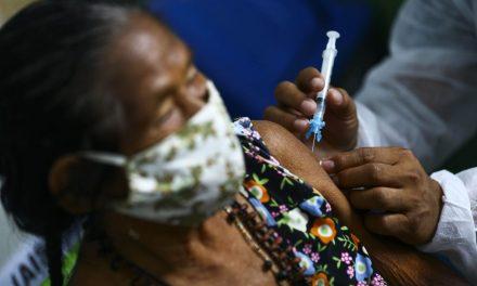 MP passa a divulgar hoje dados sobre vacinação em Goiânia