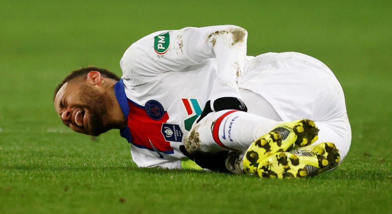 Técnico do Barcelona pede proteção de jogadores talentosos como Neymar