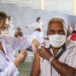 Anápolis começa a vacinar contra a Covid-19 idosos acima de 75 anos