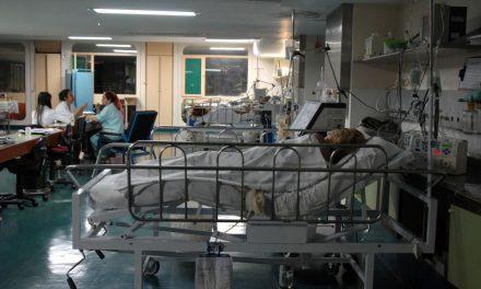Governadores pedem compra de medicamentos para kit intubação