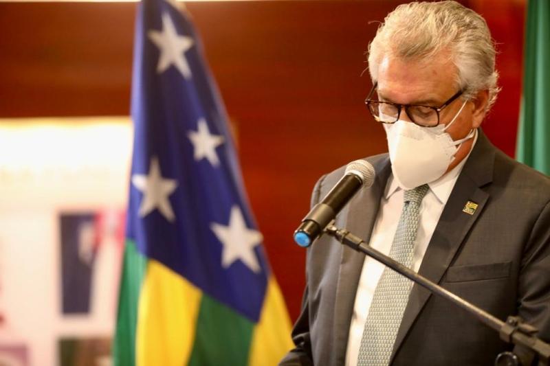 Caiado anuncia pacote de R$ 112 milhões para autônomos, micro e pequenos empresários