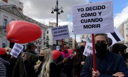 Parlamento da Espanha aprova legalização da eutanásia