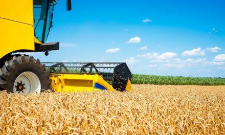 Ministério da Justiça leiloa maquinário agrícola apreendido do tráfico em Goiás