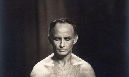 Hermógenes, 100 anos: pioneiro da ioga mudou a vida após tuberculose