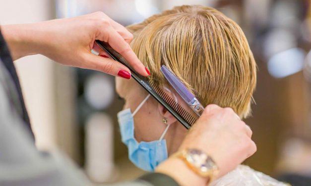 Covid-19: O que causa e como tratar a queda de cabelo que atinge 1 em 4 infectados