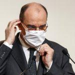 Primeiro-ministro da França provoca risos ao citar cloroquina no Brasil