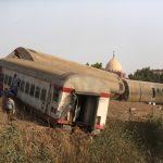 Trem descarrila e deixa 11 mortos e mais de 90 feridos no Egito