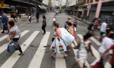 Impacto do novo auxílio no comércio deve ser oito vezes menor, diz CNC