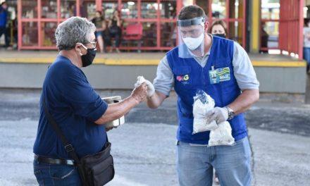 Governo de Goiás conclui ciclo de distribuição de 355 mil máscaras