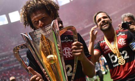 Flamengo vence  o Palmeiras nos pênaltis e é campeão da Supercopa