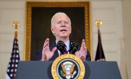 Covid-19: Biden diz estar negociando envio de vacinas a outros países