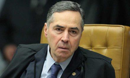 'Desempenho meu papel com seriedade', diz Barroso após acusação de Bolsonaro sobre CPI