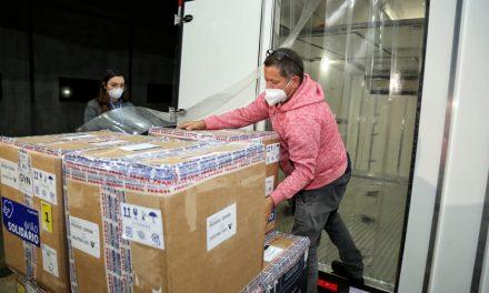 Goiás recebe segundo lote de vacinas da Pfizer com 37 mil doses