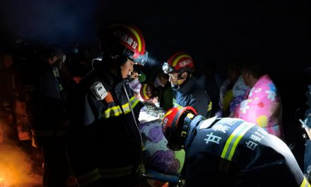 Sobrevivente de ultramaratona chinesa foi salvo por pastor em caverna