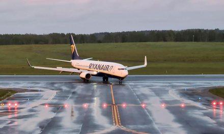 Blogueiro bielorusso detido em avião aparece em vídeo e diz estar bem