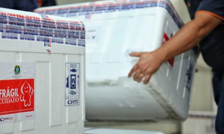 Goiás recebe 189 mil doses da AstraZeneca