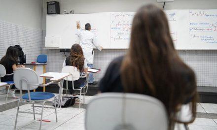 Escolas particulares perdem um terço das matrículas na pandemia