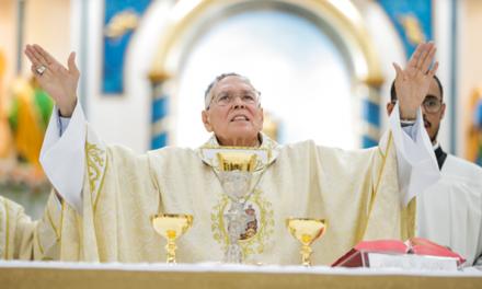 Arcebispo de Goiânia, Dom Washington Cruz diz que vai renunciar ao cargo e se aposentar