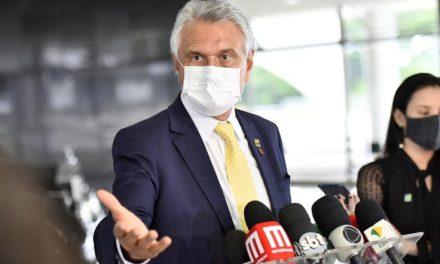 Caiado diz que Goiás retomará vacinação por idade