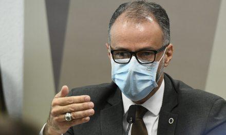 CPI: Barra Torres diz que se arrependeu de ter ido em ato público com Bolsonaro no início da pandemia