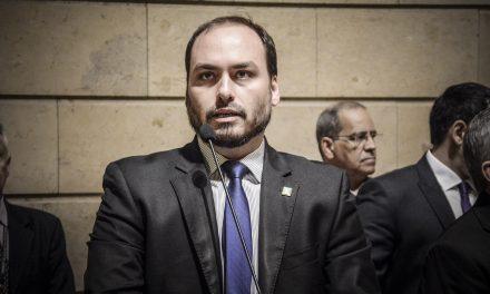 CPI pode quebrar sigilos de Carlos Bolsonaro