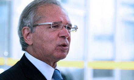 """Reforma tributária tem de """"atacar"""" programas de isenção, afirma Guedes"""