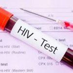 Laboratório é condenado a indenizar paciente por erro em exame de HIV