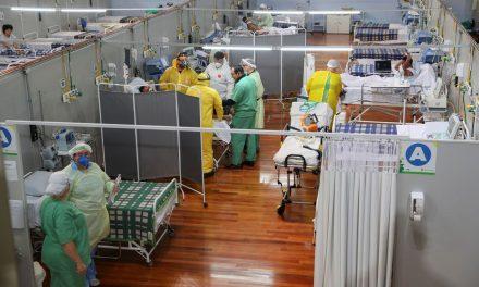 Covid-19: Brasil tem 403,7 mil mortes e 14,6 milhões de casos
