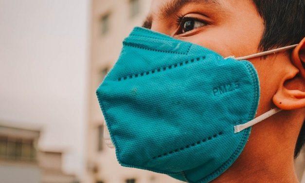 Fiocruz: pandemia de covid-19 faz vítimas cada vez mais jovens