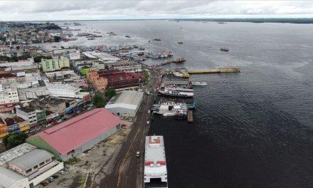 Nível do Rio Negro sobe e cheia deste ano iguala recorde histórico em Manaus
