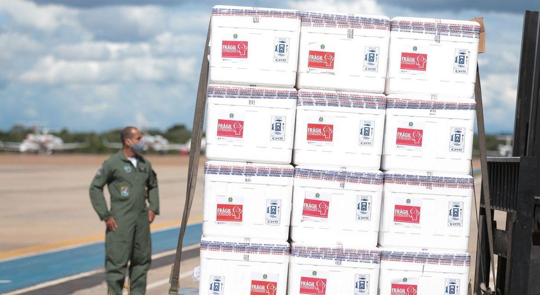 Goiás receberá 386 mil doses de vacinas até quarta