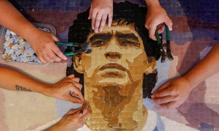 Justiça argentina começa interrogatórios sobre morte de Maradona