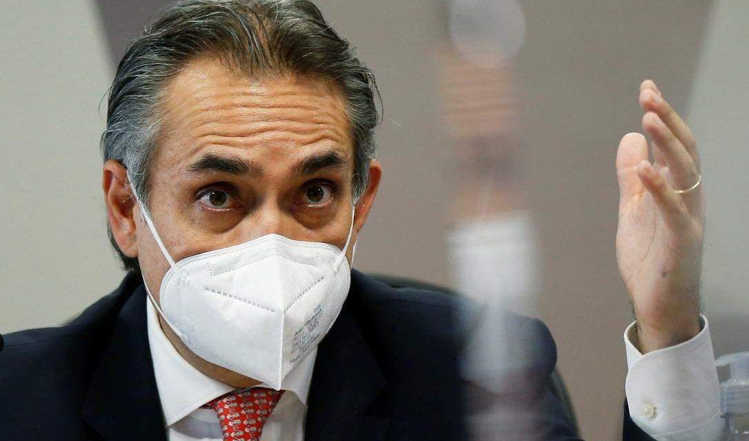 Documento na CPI mostra que Pfizer procurou embaixada do Brasil em agosto