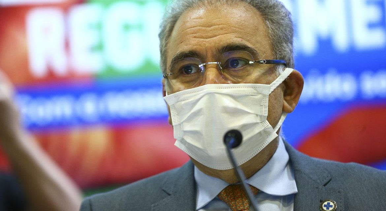 Queiroga lamenta a morte de 500 mil brasileiros pela covid-19