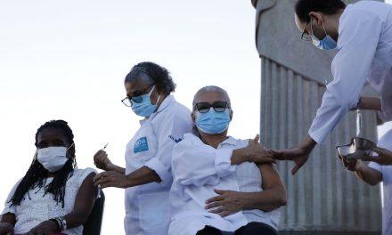 Rio de Janeiro completa 50% de pessoas maiores de 18 anos já vacinadas