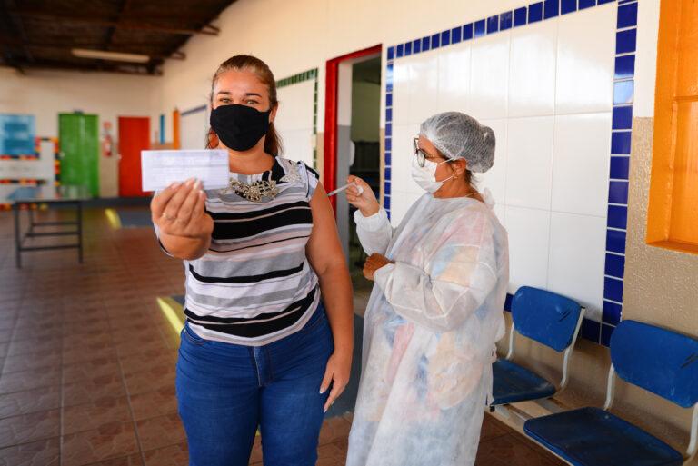 Goiânia mantém vacinação de 1ª dose em 16 pontos nesta quarta
