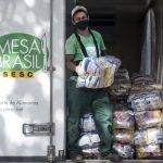 Mesa Brasil Sesc doa 200 cestas básicas a famílias do Assentamento Estrela Dalva
