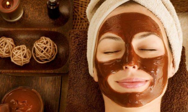 Máscara facial de chocolate: hidrate sua pele com o ingrediente!s olhos