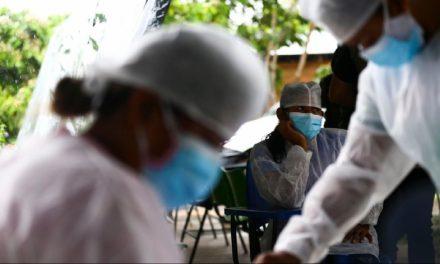 Pandemia: profissionais de saúde negras sofrem mais com desigualdades