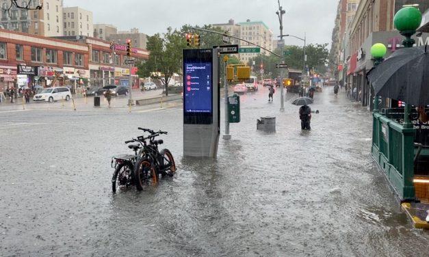 Nova York sofre inundações com aproximação da tempestade Elsa
