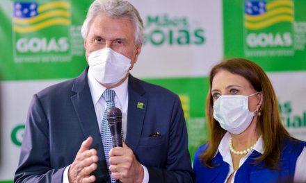 Governo lança Mães de Goiás, programa que destinará R$ 250 mensais a 100 mil famílias