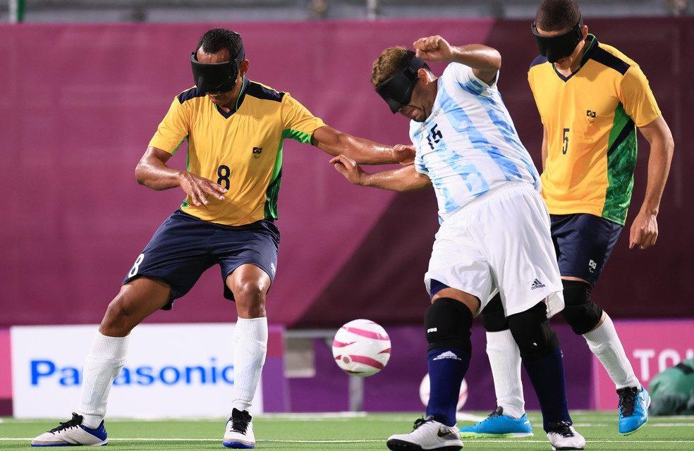 Brasil bate a Argentina e fatura o penta no futebol de 5 nas Paralimpíadas